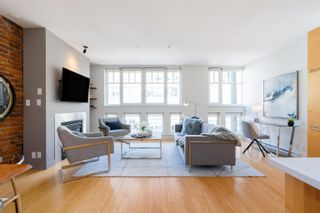 """Photo 7: 401 1072 HAMILTON Street in Vancouver: Yaletown Condo for sale in """"The Crandrall"""" (Vancouver West)  : MLS®# R2620695"""