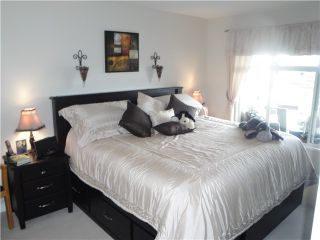 "Photo 5: 215 5700 ANDREWS Road in Richmond: Steveston South Condo for sale in ""RIVERS REACH"" : MLS®# V988587"