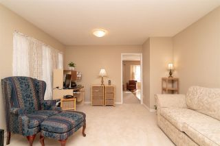 """Photo 6: 15542 98A Avenue in Surrey: Guildford House for sale in """"Briarwood"""" (North Surrey)  : MLS®# R2303432"""