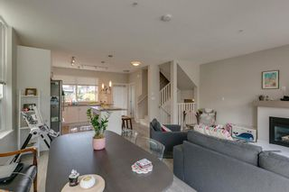 """Photo 8: 1149 NATURE'S GATE Crescent in Squamish: Downtown SQ Townhouse for sale in """"Natures Gate"""" : MLS®# R2104476"""
