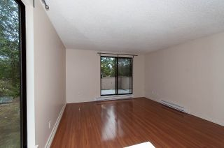 """Photo 5: 101 9152 SATURNA Drive in Burnaby: Simon Fraser Hills Townhouse for sale in """"MOUNTAINWOOD"""" (Burnaby North)  : MLS®# R2034385"""