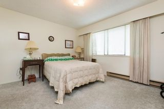 Photo 12: 302 1721 ST. GEORGES AVENUE in North Vancouver: Home for sale : MLS®# R2108093