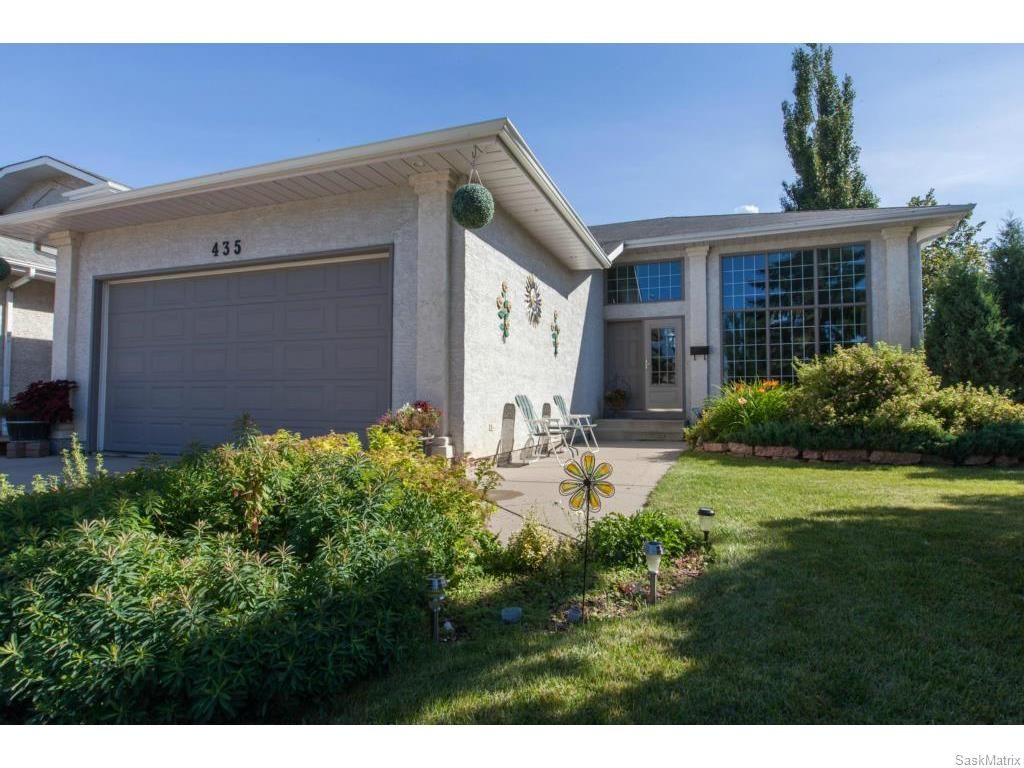 Main Photo: 435 Perehudoff Crescent in Saskatoon: Erindale Single Family Dwelling for sale (Saskatoon Area 01)  : MLS®# 614460