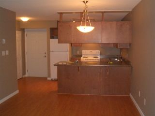 "Photo 3: 119 33960 OLD YALE Road in Abbotsford: Central Abbotsford Condo for sale in ""OLD YALE HEIGHTS"" : MLS®# R2460869"