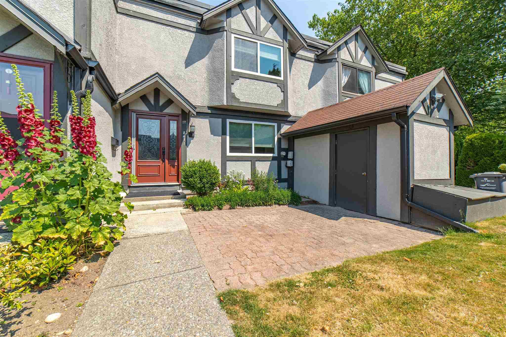 """Main Photo: 17 8431 RYAN Road in Richmond: South Arm Townhouse for sale in """"CAMBRIDGE PLACE"""" : MLS®# R2599088"""