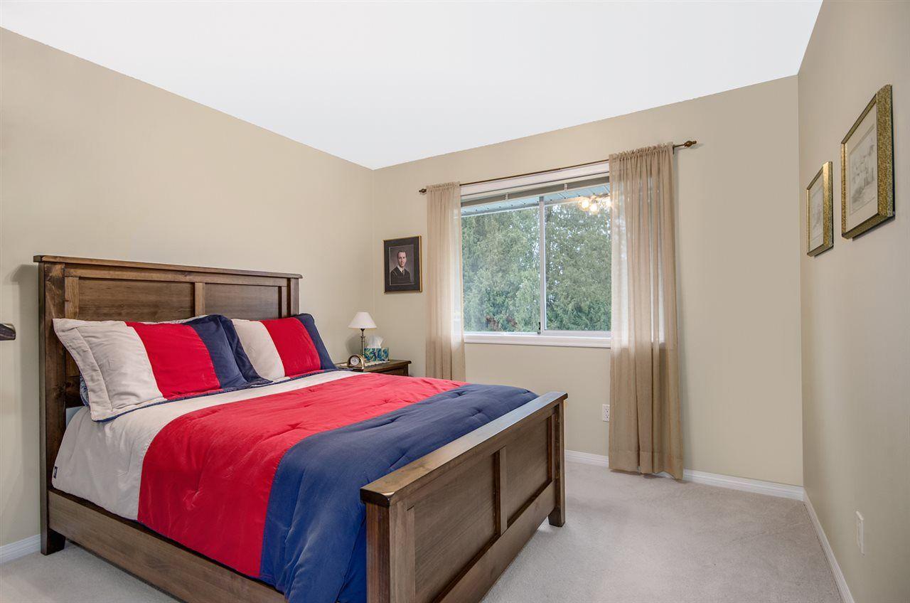 Photo 17: Photos: 16953 31 AVENUE in Surrey: Grandview Surrey House for sale (South Surrey White Rock)  : MLS®# R2157307