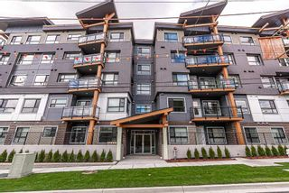 Photo 1: 408 33568 GEORGE FERGUSON WAY in Abbotsford: Central Abbotsford Condo for sale : MLS®# R2563113