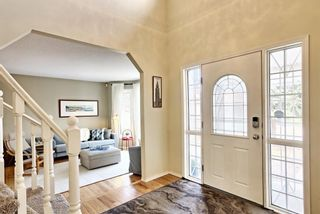 Photo 2: 223 Edgevalley Circle NW in Calgary: Edgemont Detached for sale : MLS®# A1091167