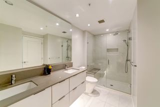 """Photo 10: 3001 6638 DUNBLANE Avenue in Burnaby: Metrotown Condo for sale in """"Midori by Polygon"""" (Burnaby South)  : MLS®# R2525894"""