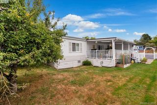 Photo 26: 9 1536 Middle Rd in VICTORIA: VR Glentana Manufactured Home for sale (View Royal)  : MLS®# 822417