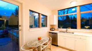 "Photo 14: 506 2271 BELLEVUE Avenue in West Vancouver: Dundarave Condo for sale in ""The Rosemont on Bellevue"" : MLS®# R2562061"