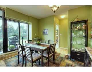 """Photo 3: # 702 - 11 E Royal Avenue in New Westminster: Fraser Heights Condo for sale in """"Victoria Hill"""" : MLS®# V837877"""