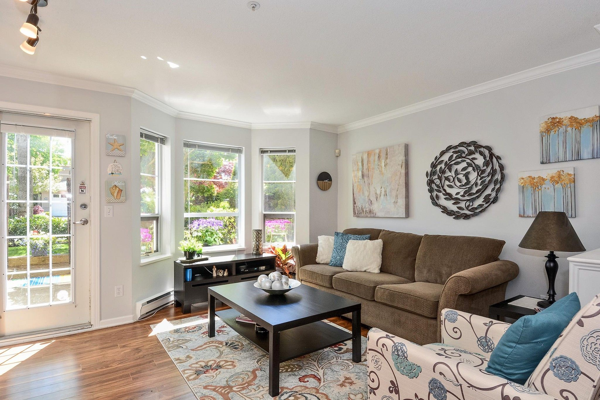 """Photo 7: Photos: 112 15155 22 Avenue in Surrey: Sunnyside Park Surrey Condo for sale in """"Villa Pacifica"""" (South Surrey White Rock)  : MLS®# R2348668"""