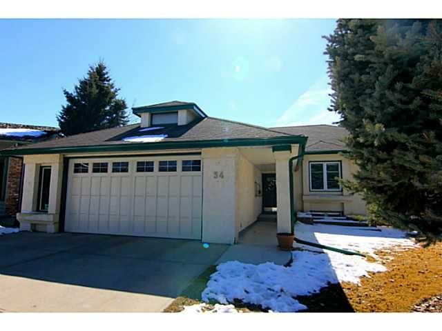 Main Photo: 34 SUNHAVEN Place SE in CALGARY: Sundance Residential Detached Single Family for sale (Calgary)  : MLS®# C3563801