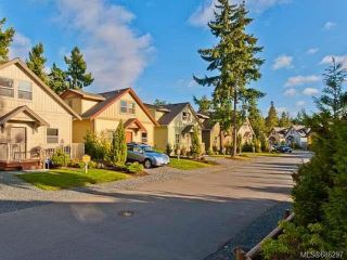 Photo 5: 231 1130 RESORT DRIVE in PARKSVILLE: PQ Parksville Row/Townhouse for sale (Parksville/Qualicum)  : MLS®# 686297