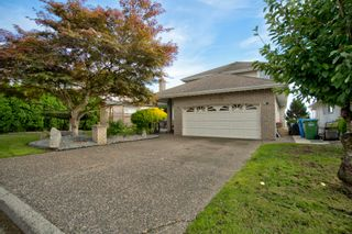 Photo 2: 31108 HERON Avenue in Abbotsford: Abbotsford West House for sale : MLS®# R2621141