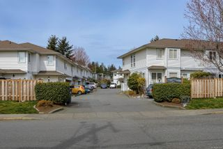 Photo 1: 16 1180 Braidwood Rd in : CV Courtenay East Row/Townhouse for sale (Comox Valley)  : MLS®# 881973