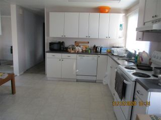 """Photo 10: 10 23141 72 Avenue in Langley: Salmon River Manufactured Home for sale in """"LIVINGSTONE PARK"""" : MLS®# R2523897"""