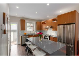 "Photo 4: 2632 W 6TH Avenue in Vancouver: Kitsilano 1/2 Duplex for sale in ""Kits"" (Vancouver West)  : MLS®# V1074098"