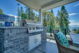Photo 3: 13398 MARINE DRIVE in Surrey: Crescent Bch Ocean Pk. House for sale (South Surrey White Rock)  : MLS®# R2587345