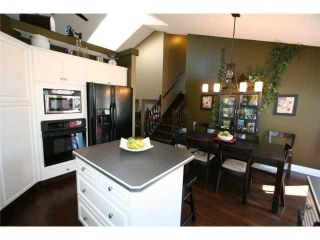 Photo 7: 155 VALLEY MEADOW Close NW in CALGARY: Valley Ridge Residential Detached Single Family for sale (Calgary)  : MLS®# C3425305