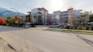 """Photo 20: 304 1150 BAILEY Street in Squamish: Downtown SQ Condo for sale in """"ParkHouse"""" : MLS®# R2504126"""