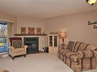 Photo 7: 207 420 Parry Street in VICTORIA: Vi James Bay Residential for sale (Victoria)  : MLS®# 332096