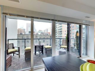 Photo 17: 812 400 E Adelaide Street in Toronto: Moss Park Condo for sale (Toronto C08)  : MLS®# C3764968