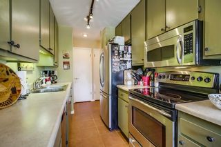 Photo 5: PACIFIC BEACH Condo for sale : 2 bedrooms : 4600 Lamont St #212 in San Diego