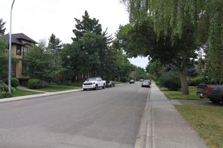 Photo 3: 520 29 Avenue NW in Calgary: Mount Pleasant Detached for sale : MLS®# A1134159