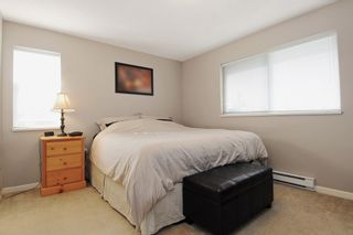 """Photo 11: 301 5465 203RD Street in Langley: Langley City Condo for sale in """"STATION 54"""" : MLS®# F1436316"""