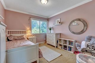 """Photo 32: 1929 AMBLE GREENE Drive in Surrey: Crescent Bch Ocean Pk. House for sale in """"Amble Greene"""" (South Surrey White Rock)  : MLS®# R2579982"""