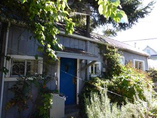 """Photo 14: 1928 E 3RD Avenue in Vancouver: Grandview VE House for sale in """"GRANDVIEW-COMMERCIAL DRIVE"""" (Vancouver East)  : MLS®# R2004010"""
