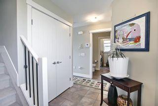 Photo 2: 3664 8 Street in Edmonton: Zone 30 House for sale : MLS®# E4253213