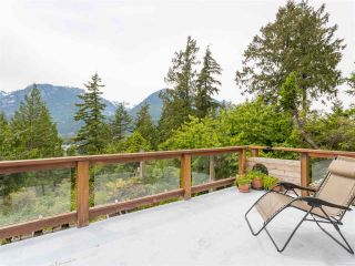 Photo 2: 40471 AYR Drive in Squamish: Garibaldi Highlands House for sale : MLS®# R2074786
