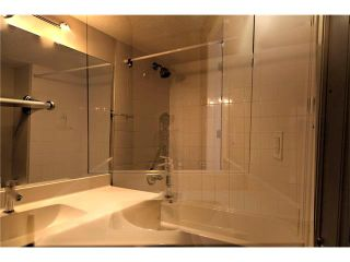 Photo 16: 248 54 GLAMIS Green SW in Calgary: Glamorgan House for sale : MLS®# C4109785