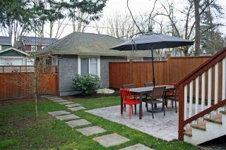 Photo 15: 988 E 20TH Avenue in Vancouver: Fraser VE 1/2 Duplex for sale (Vancouver East)  : MLS®# R2152467