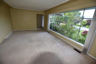 Photo 5: 587 N DOLLARTON Highway in North Vancouver: Dollarton House for sale : MLS®# R2574951