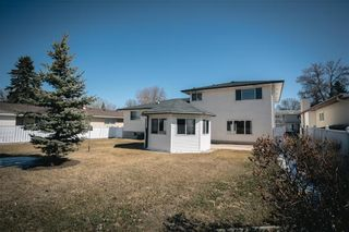 Photo 23: 63 Dickens Drive in Winnipeg: Residential for sale (5G)  : MLS®# 202107088