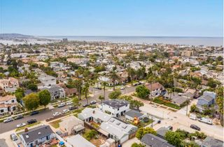 Photo 34: PACIFIC BEACH House for sale : 4 bedrooms : 1212 Diamond St. in San Diego