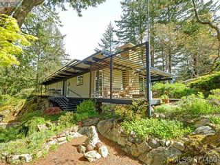 Photo 18: 4513 Edgewood Pl in VICTORIA: SE Broadmead House for sale (Saanich East)  : MLS®# 757832