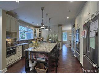 Photo 1: 710 Red Cedar Court in : Hi Western Highlands House for sale (Highlands)  : MLS®# 318998