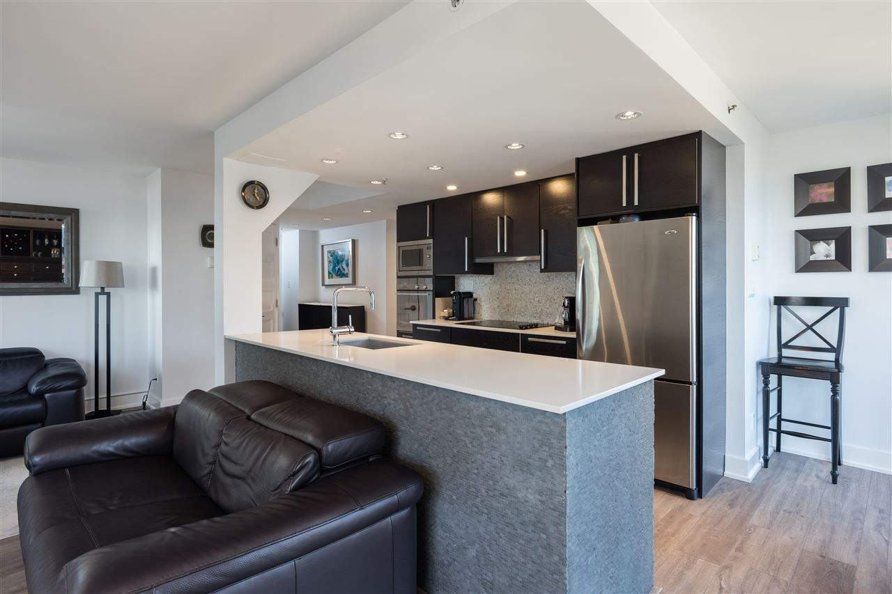"""Photo 6: Photos: 2101 867 HAMILTON Street in Vancouver: Downtown VW Condo for sale in """"Jardine's Lookout"""" (Vancouver West)  : MLS®# R2569511"""