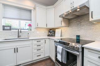 Photo 15: 1595 Baillie Rd in : CV Comox Peninsula House for sale (Comox Valley)  : MLS®# 878348