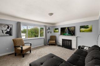 Photo 2: 4048 Cedar Hill Cross Rd in : SE Lake Hill House for sale (Saanich East)  : MLS®# 866595