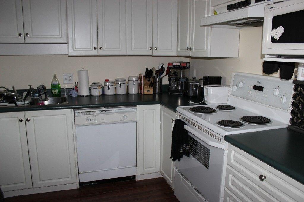 Photo 3: Photos: 33688 in Abbotsford: UFV area Condo for sale