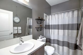 Photo 19: 768 73 Street SW in Calgary: West Springs Row/Townhouse for sale : MLS®# A1044053