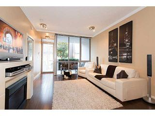 """Photo 2: 585 W 7TH Avenue in Vancouver: Fairview VW Townhouse for sale in """"AFFINITI"""" (Vancouver West)  : MLS®# V1007617"""