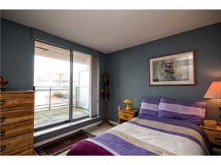 Photo 15: # 303 108 E 14TH ST in North Vancouver: Central Lonsdale Condo for sale : MLS®# V1122218