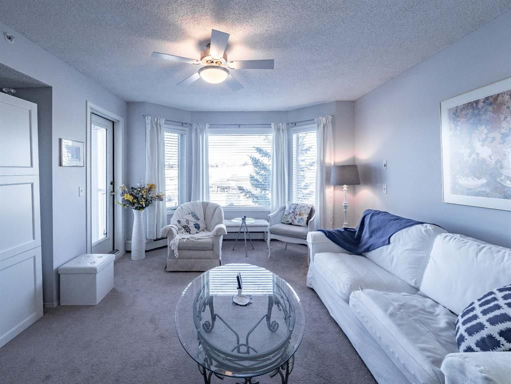 Main Photo: 2407 2407 Hawksbrow Point NW in Calgary: Hawkwood Apartment for sale : MLS®# A1118577